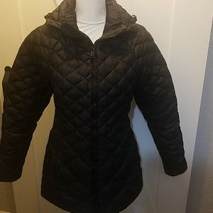 Northface black puffer jacket size small